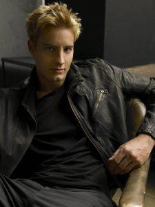 Justin Hartley 2009